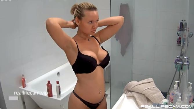 2018 HD RealLifeCam Angie Adorable Blonde Sexy Nude TEEN Shower