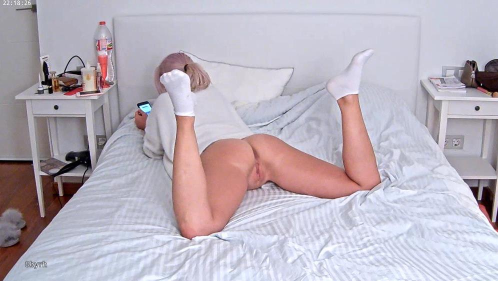 RealLifeCam Mila Perfect Pussy and Asshole on bed