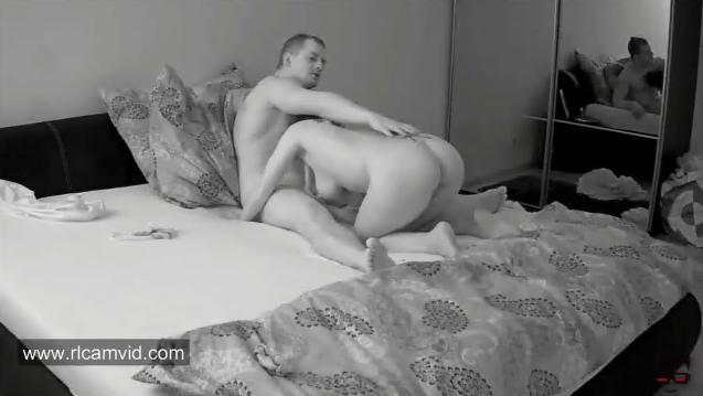 Linda and Tibor Young Couple Hardcore RealLifeCam Sex