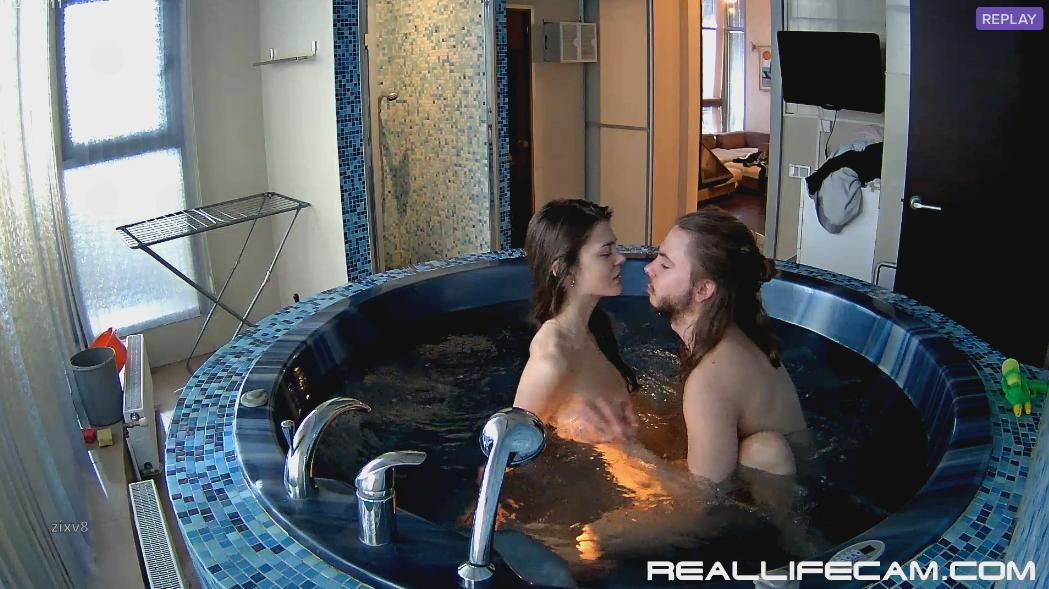 RealLifeCam Anabel and Efim Amazing Sex in Jacuzzi
