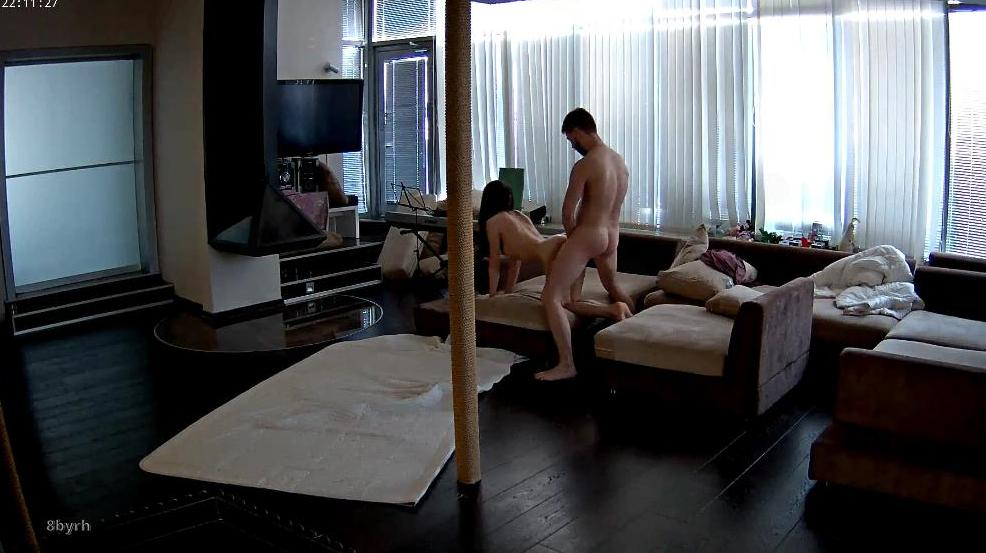 RealLifeCam Anabel and Efim Hard Fuck in living room