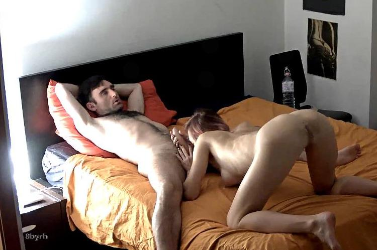 ReallifeCam Masha Passionate Sex in Bedroom