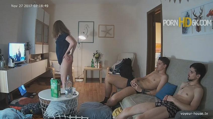 Real Life Cam Bree and Drew, Best Friend Threesome Teen Orgy in Living room