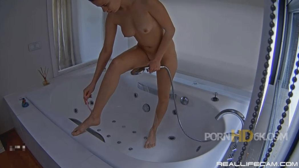 RealLifeCam Lia HOT Naked TEEN Shower in Jacuzzi