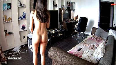 RealLifeCam Adeline Hot Naked Girl in the livingroom