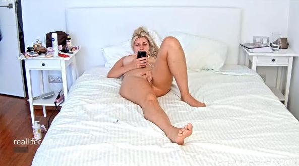 RealLifeCam Mila Sexy Naked Babe in Bedroom