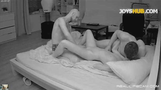 RealLifeCam Eva and Sam 3some Orgy HARD Sex Video
