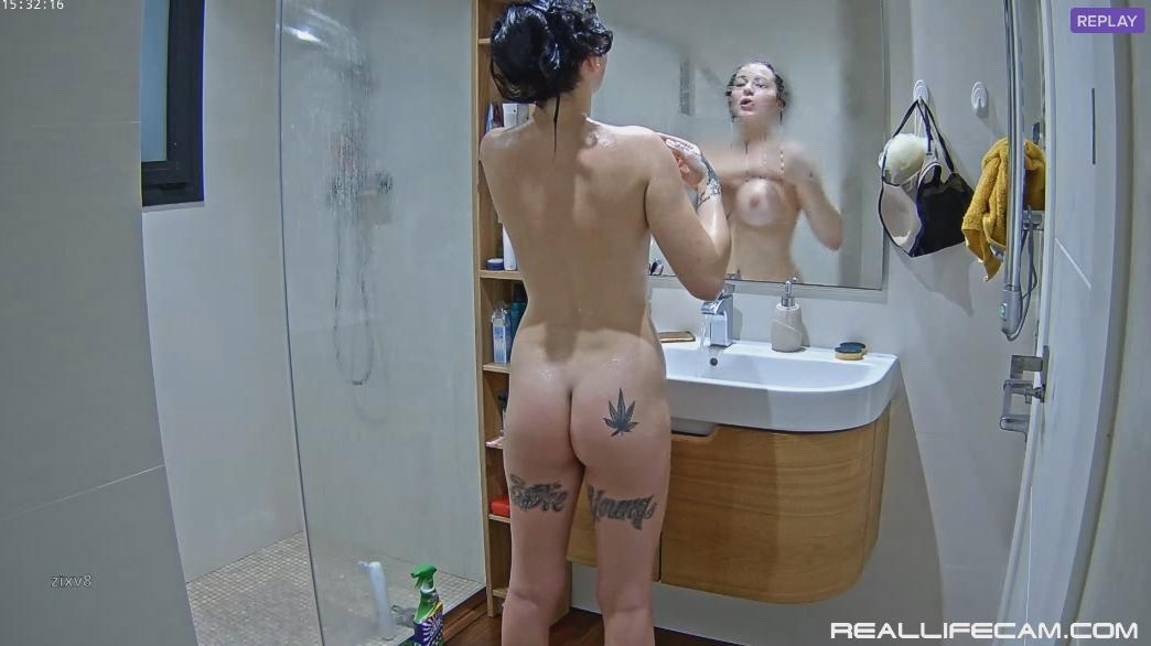 RealLifeCam Diane Shower Perfect Body Hot ass and Big Tits Girl