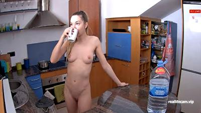RealLifeCam Ginger, Kelly and Angelina are Totally Naked in the kitchen