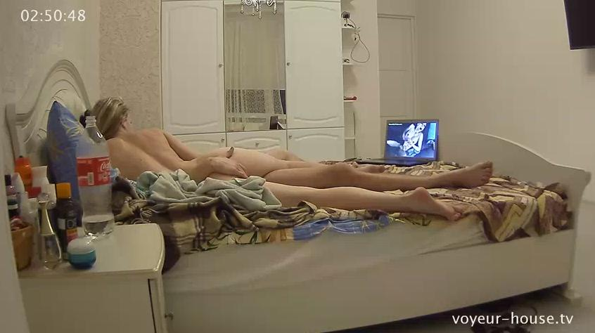 Voyeur House Layla and Eric Hot Babe Amazing Body Sex in Bedroom