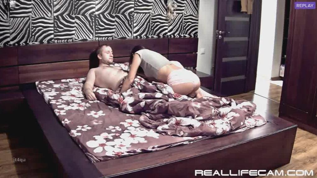 Leora and Paul Nympho Teen Suck and Fuck in Bedroom at RealLifeCam